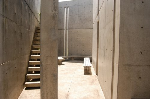 tadao-ando-church-of-the-light-archipreneur-2-1