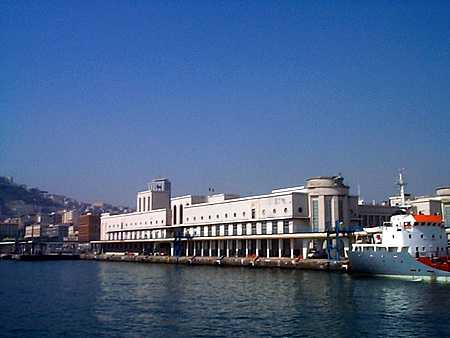 Port of Naples passenger terminal (1936. C. Bazzani)