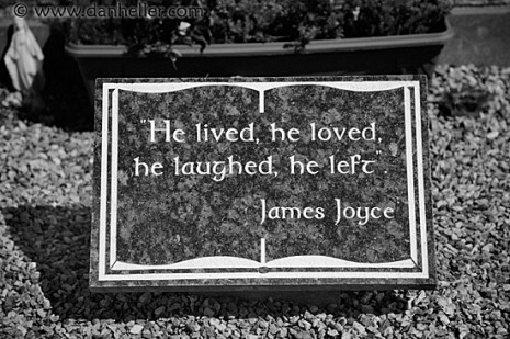 james-joyce-grave-big.jpg