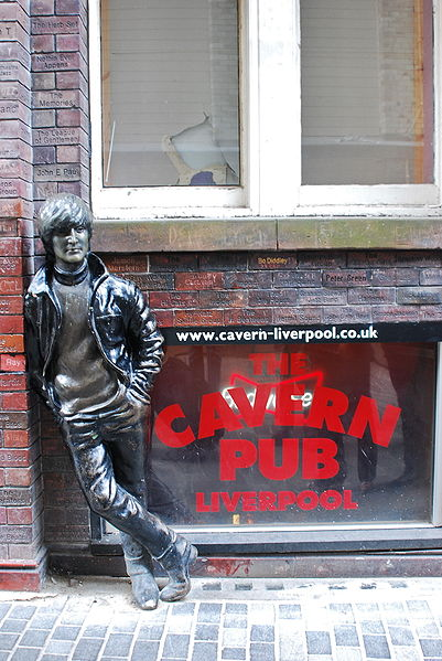 401px-Lennon_Statue,_Liverpool