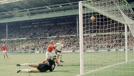 Treći gol Engleske u finalu Mundijala 1966.