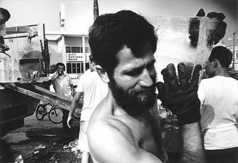 Allan Kaprow, Fluids, Los Angeles, 1967