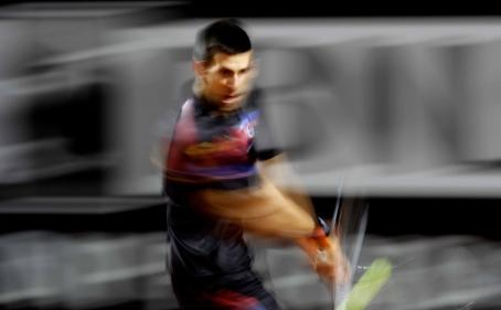 Tenis sa ljudskim licem