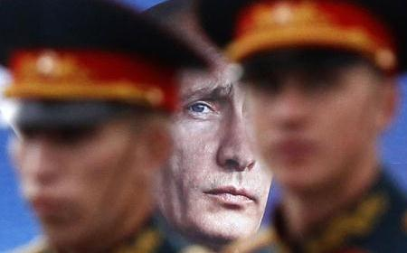 Tragedija ruskog naroda pretvorena je u farsu