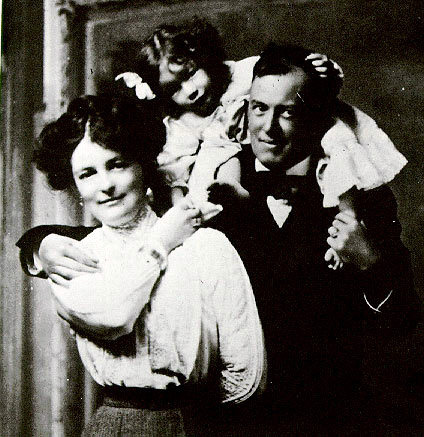 Sa ženom Rouz i ćerkom Nuit