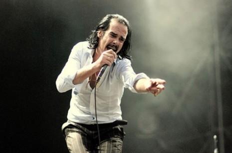 Bilo divljačka ili gotovo posve nežna, emocija u njegovoj muzici uvek je jednako snažna i raspamećujuća