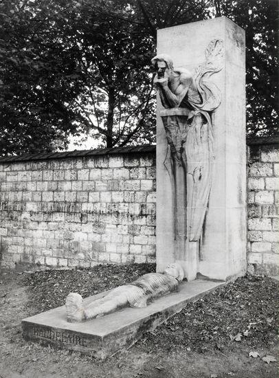 1312415-Monument_funéraire_de_Charles_Baudelaire
