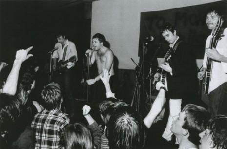 PANKRTI - Študentsko naselje april 1978 - Vojko Flegar 01Pankrti 3