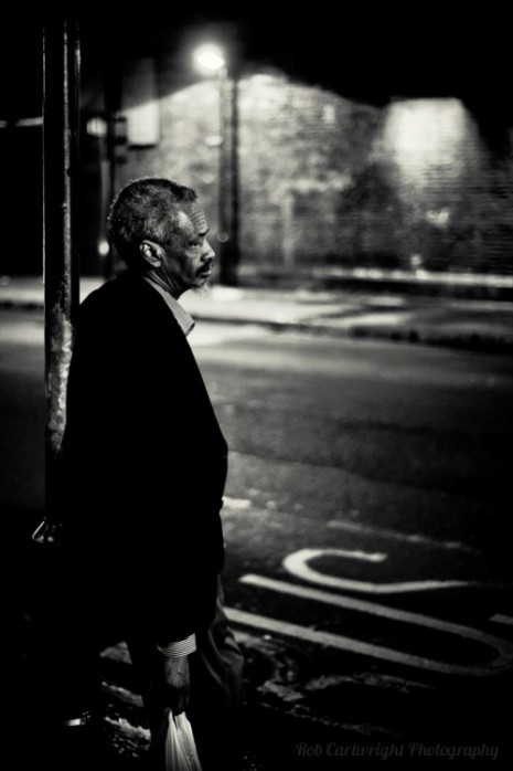 finsbury-park-bus-stop-old-man-elderly-beard-waiting-london-nikon-street-photography-streettogs-city-urban-bw-black-white-bw-monochrome-night-bokeh-rob-cartwright