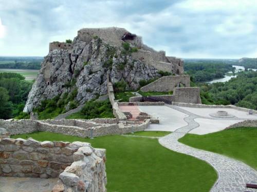 Fortifikacija Djevin na Dunavu, uzvodno od Bratislave