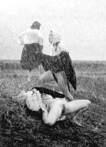 Marina Abramović, Balkan Erotic Epic, Beograd, 2005. godine / Foto: Milan Dakov. Vlasništvo galerije Šona Kelija u Njujorku
