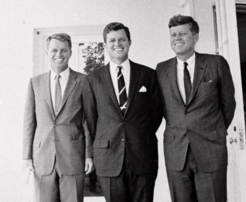 Robert, Edvard i Džon Kenedi (Foto: Beta-AP)
