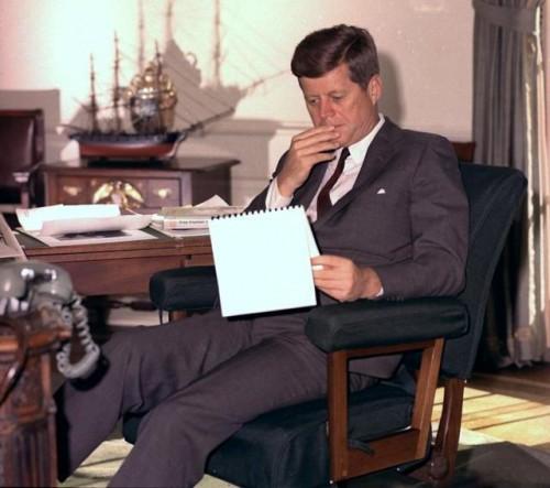 U kabinetu u Beloj kući 1962. (Foto: Beta-AP)