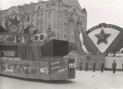01 Parada 1949