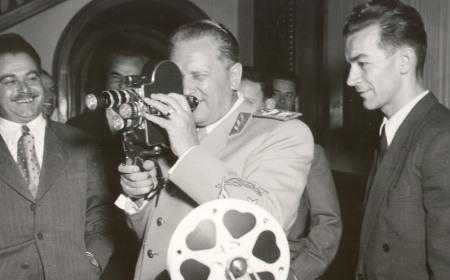 Čovek sa filmskom kamerom