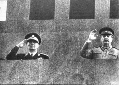 24 Tito i Staljin