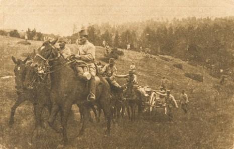 Извлачење српских пољских топова на Кајмак-чалану.