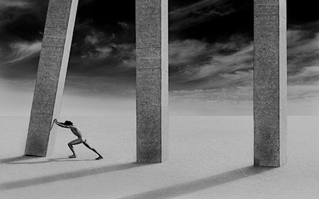 Konflikti podzemlja i mehanizmi odbrane lažnog umetničkog napretka