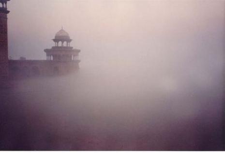 Prilazak Tadžu i česte magle za vreme monsuna