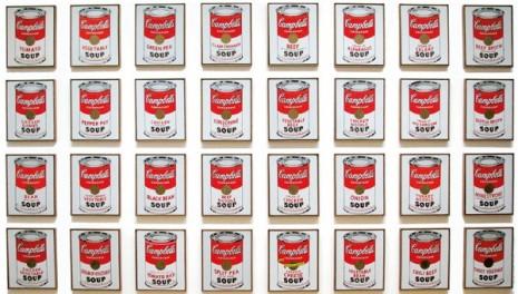 """Инсталација """"Кемпбелова супа"""" Ендија Ворхола коју психолози наводе као јасан доказ да је славни уметник боловао од Аспергеровог синдрома"""