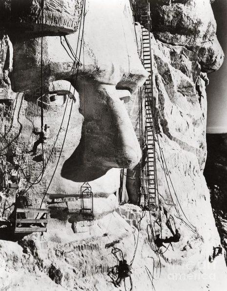 1-mount-rushmore-1936-granger