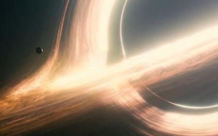 Međuzvezdani Kristofera Nolana – Marfijev zakon beskraja jednog astronauta iz žita
