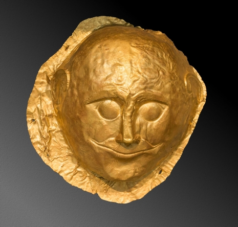 10-_helada-_aja-_ahajska_grcka_-_mikena-_124-_muska_posmrtna_maska_iz_mikene_zlato_grob_4_kruga_grobova_a_nacionalni_arheoloski_muzej_atina