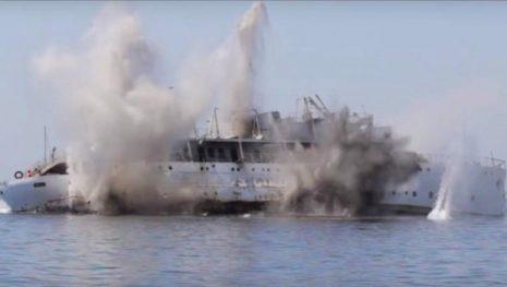 potapanje-broda-vis-eksplozija-620x350