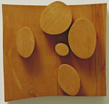 """Jean Arp,""""Objekti aranžirani prema zakonu slučajnosti"""" (1930.)"""