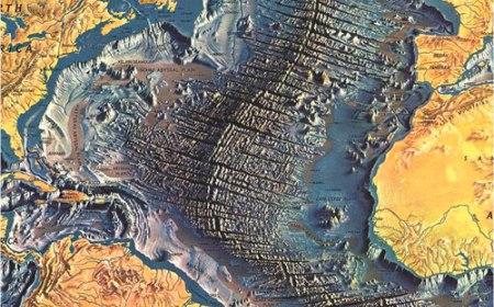 Prva karta okeanskog tla
