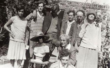 Blumsberi grupa – primer intelektualne angažovanosti