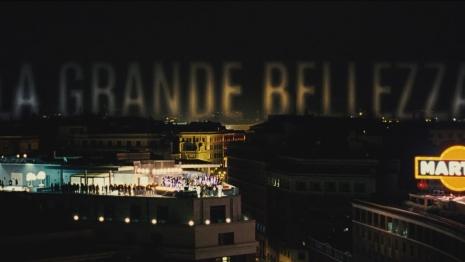 Hermeneutika mondenske karnevalizacije u filmu La grande bellezza