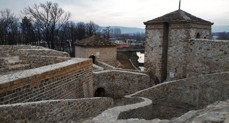 Pirotska tvrđava – Momčilov grad